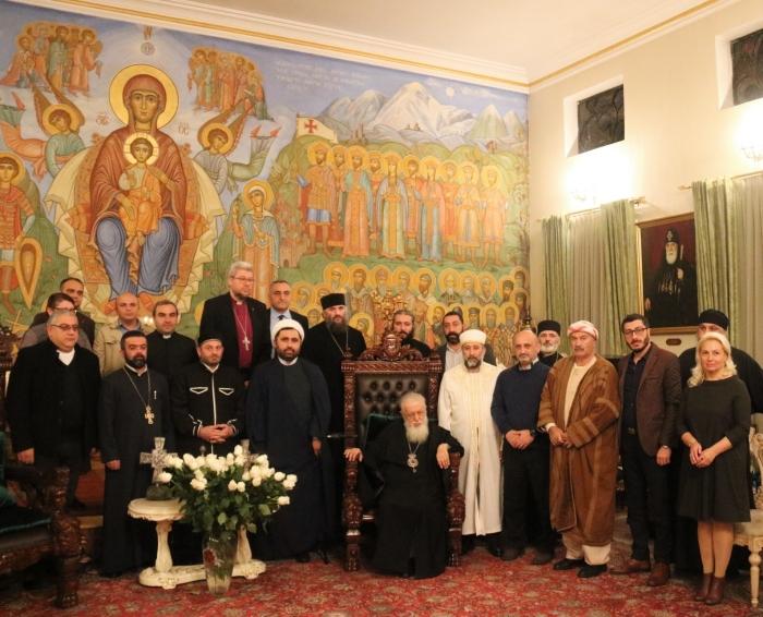 Илия Второй обсудил укрепление толерантности с представителями разных конфессий