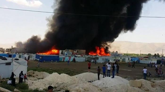 Пожар в лагере езидских беженцев в Дохуке